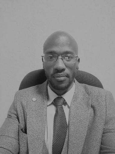 Dr. Francis Khayundi